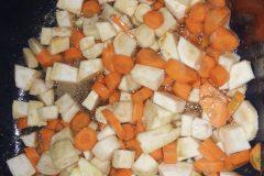 Přidání zeleniny do výpeku